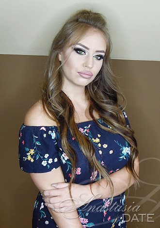 Gorgeous girls only: Stella from Nis, girl, exciting companionship, Russian seeking