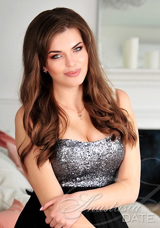 Gorgeous women pictures: exciting companionship minded Russian woman Galina from Odessa